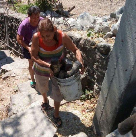 """<a href=""""/noticias/llaman-mantener-hogares-libres-de-criaderos-de-mosquitos"""">Llaman a mantener hogares libres de criaderos de mosquitos</a>"""