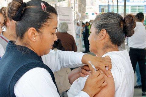 """<a href=""""/noticias/inicia-vacunacion-contra-influenza"""">Inicia vacunación contra influenza</a>"""