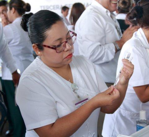 """<a href=""""/noticias/llaman-vacunarse-contra-la-influenza"""">Llaman a vacunarse contra la influenza</a>"""