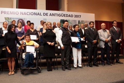 """<a href=""""/RECONOCE-GOBIERNO-DEL-ESTADO-TRABAJO-DE-MUJERES-Y-HOMBRES-DEDICADOS-A-LA-SALUD-EN-MORELOS"""">RECONOCE GOBIERNO DEL ESTADO TRABAJO DE MUJERES Y HOMBRES DEDICADOS A LA SALUD EN MORELOS</a>"""